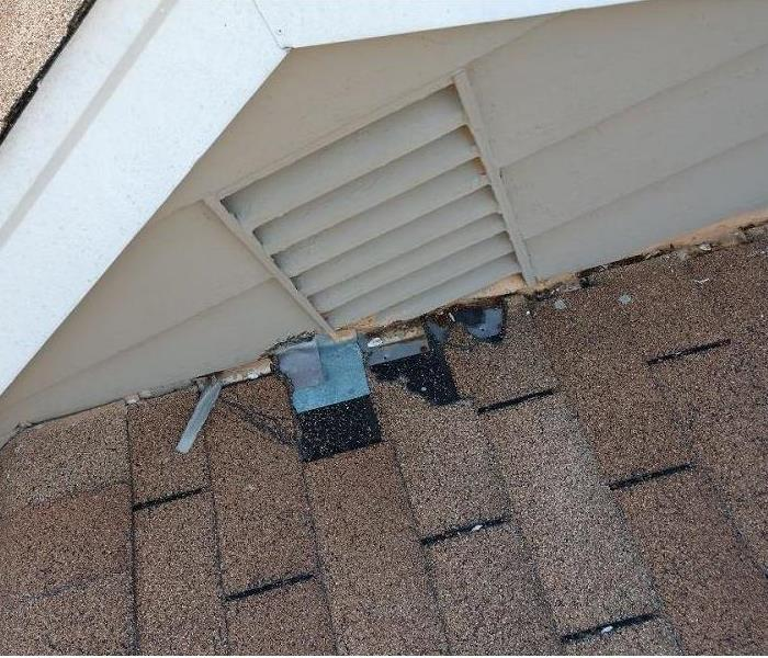 Roof Damage in Milford, Ohio Before