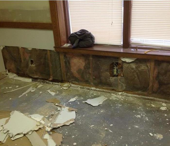 Water Damage in Amelia, Ohio Before